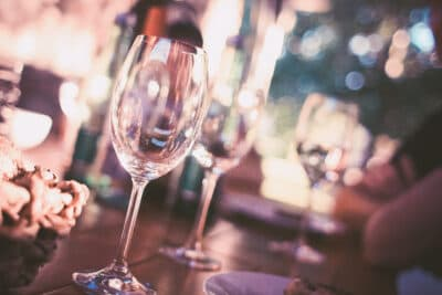 wine-glass-on-restaurant-table-225228